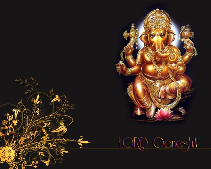 God_Ganesha golden statue