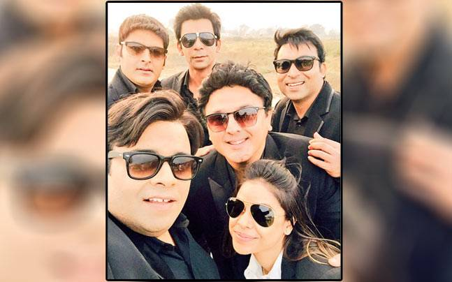 Kapil Sharma and his comedy nights team