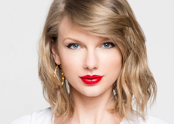 Taylor-Swift most beautiful women in the world