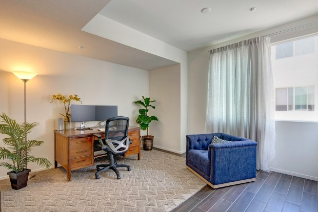 Selling our condo. Goodbye first home. https://wp.me/p7RBMP-16g