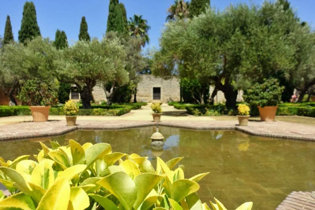 Alcazar de Jerez gardens