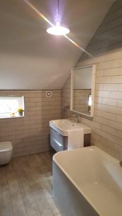 21st Century Cottage - Bathroom