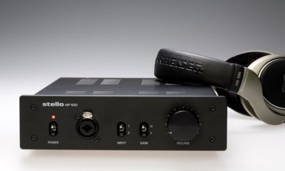 Stello HP100 Preamplifier/Headphone Amplifier