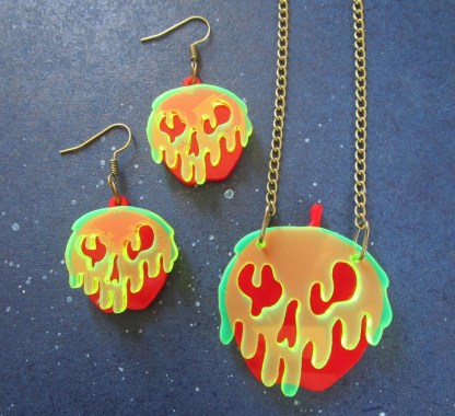Snow White Poison Apple Earrings and Necklace Set