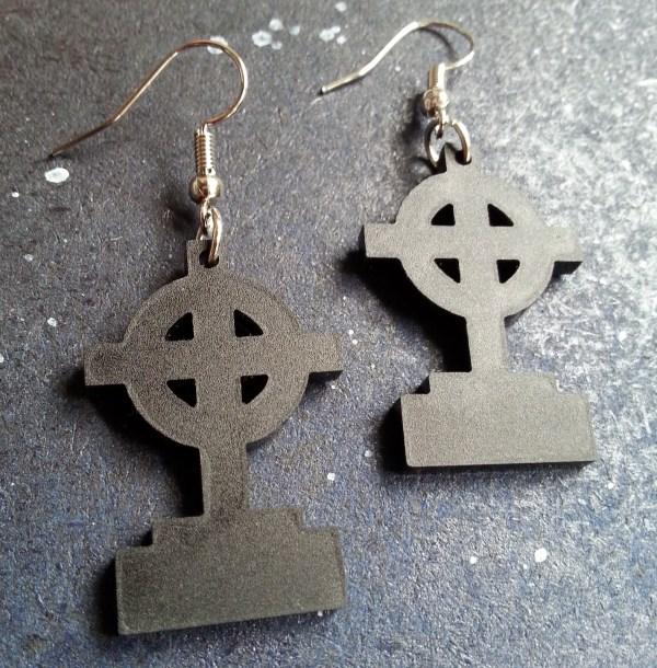blackgravestone halloween earrings