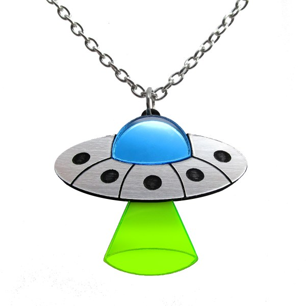 UFO flying saucer alien space ship pendant necklace