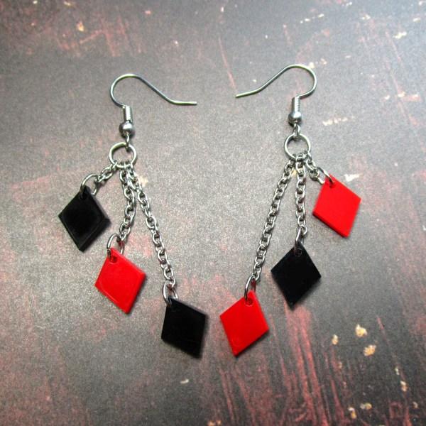 harley quinn mismatched diamond earrings