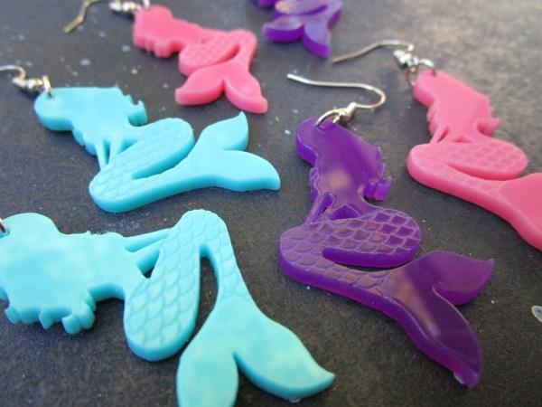 up close texture shot of mermaid earrings