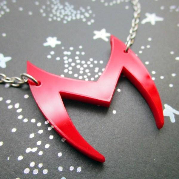 scarlet witch wanda maximoff marvel wandavision head costume red m shappe headdress cosplay pendant necklace
