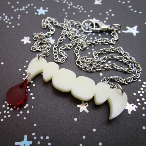 fun vampire teeth with red drop of blood pendant necklace halloween jewlery
