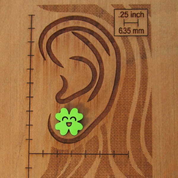ear scale to show size of clover stud earring