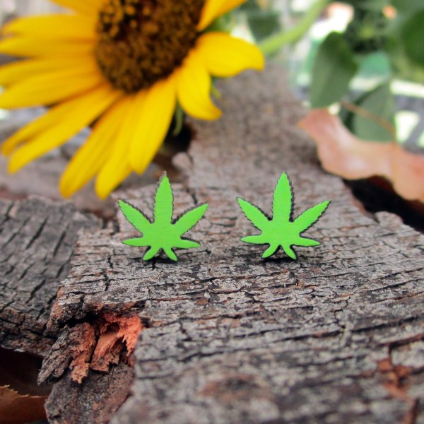 cute little green pot leaf stud earrings