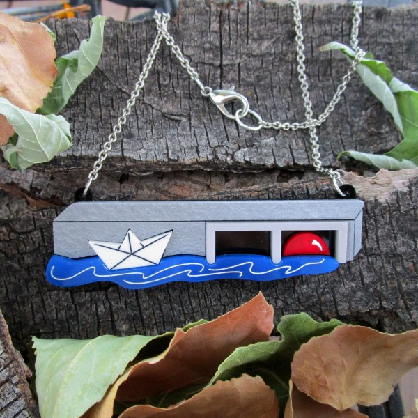 it movie scene pendant necklace