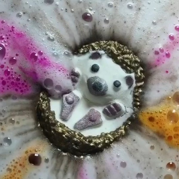 hedgehog hoggie cute bath bomb fizzing in water