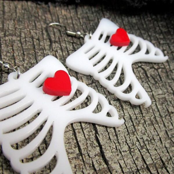 Goth Love Skeleton Ribcage Bone Cute Heart Halloween Kowai Dangle Earrings