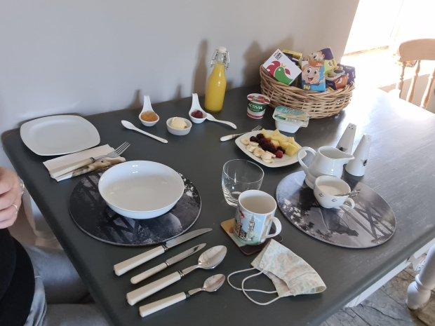 breakfast at the old nurseries