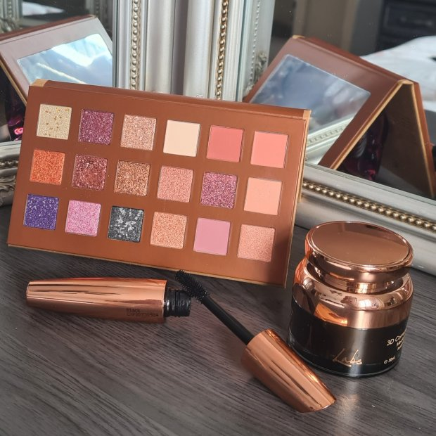Urban Retreat by Acti-Labs make up palette