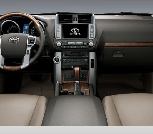 2013-Toyota-Prado-interior picture