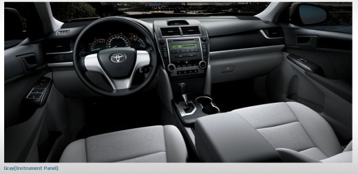 Toyota-Camry-car-mode- 2013 interior-picture