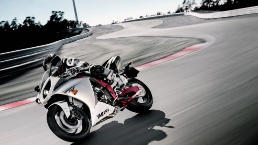 HD-Wallpapers-of-heavybikes-2013 2014