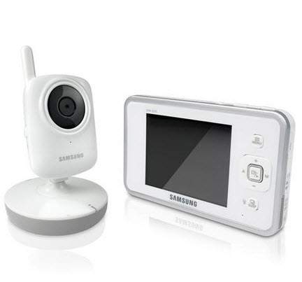 webcam-and-mobile-baby-monitoring system