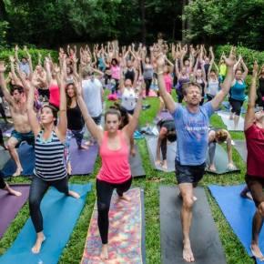 Sunday Funday @ Breakfast Yoga Club Houston