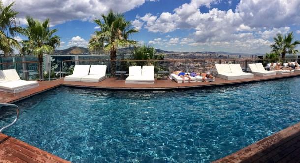 renaissance fira barcelona pool