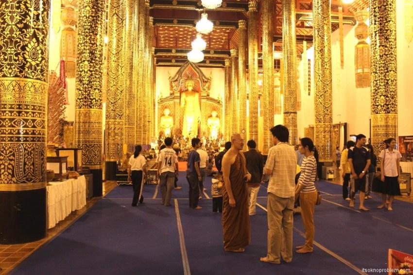 Wat Chedi Luang Храм Чеди Луанг в Чианг Мае