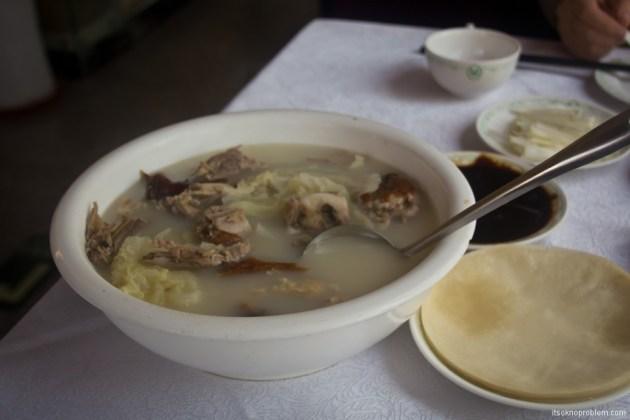 8 блюд которые нужно попробовать в Китае. Утка по-пекински