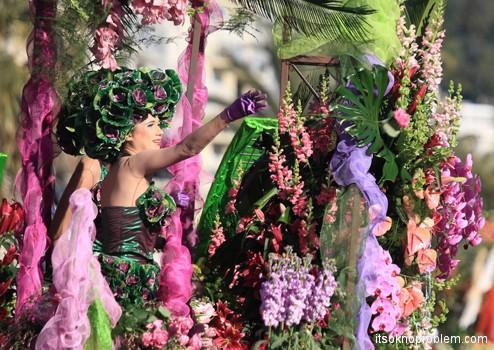 карнавал в Ницце Франция. Парад цветов