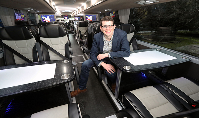 New Cardiff – London On-demand coach service arrives in Cardiff