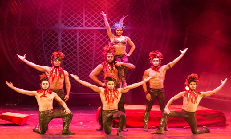 Cirque Berserk opens in Cardiff