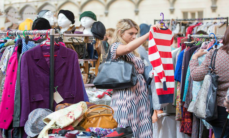 The UK'S Top Vintage Fair Returns to Cardiff