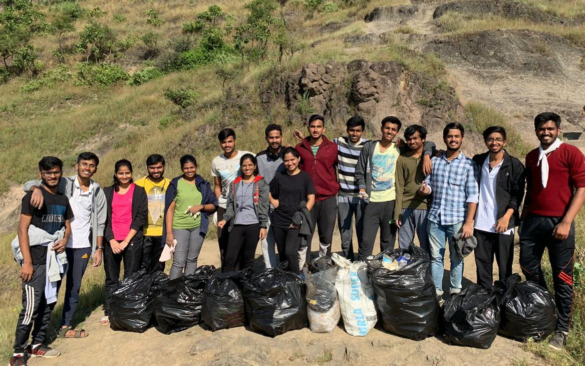 'Plogging' Throughout the City to Make It Greener and Plastic-free