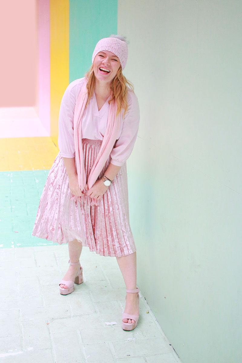 It's Pam Del Houston Fashion Blogger