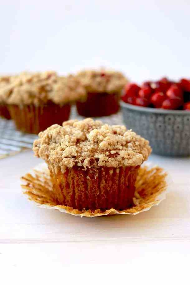 gluten-free sweet potato muffins, Gluten free Sweet Potato Muffins with Streusel, gluten free muffins with pecan streusel, sweet potato muffins, sweet potato muffin recipe, sweet potatoes, sweet potato recipes, thanksgiving recipes, thanksgiving sweet potato recipe, thanksgiving sweet potato muffin recipe