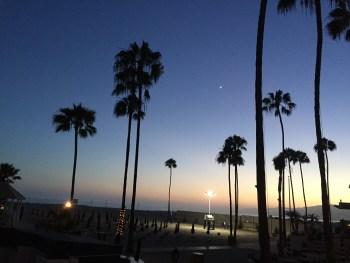 Sunsetting behind the Santa Monica mountains | It Started in LA | itstartedinla.com