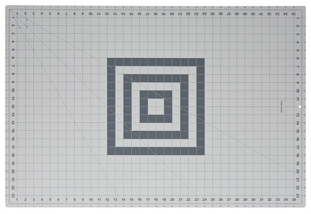 Fiskars self-healing cutting mat