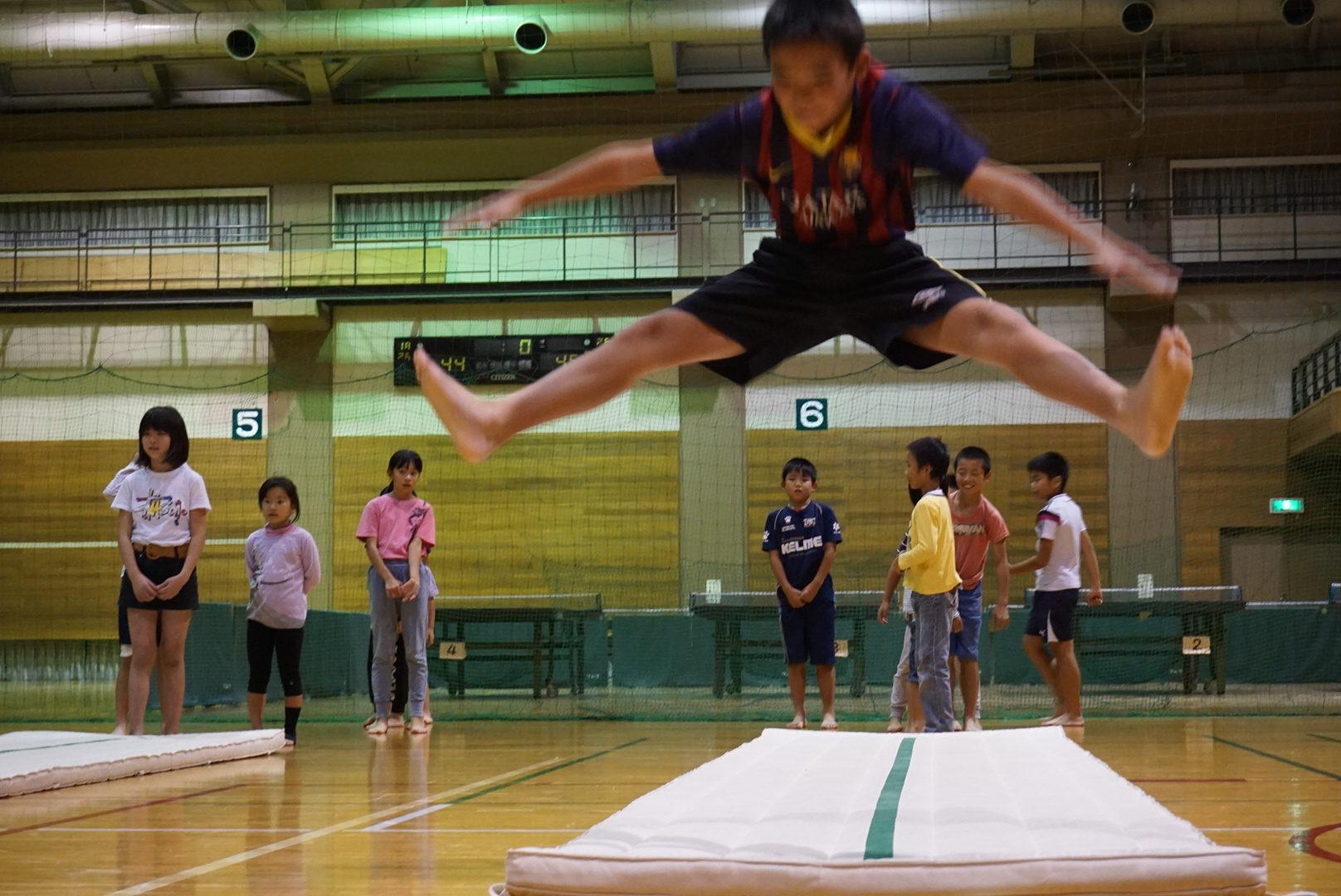 12月14日(水) アクロバット体操参加者募集中