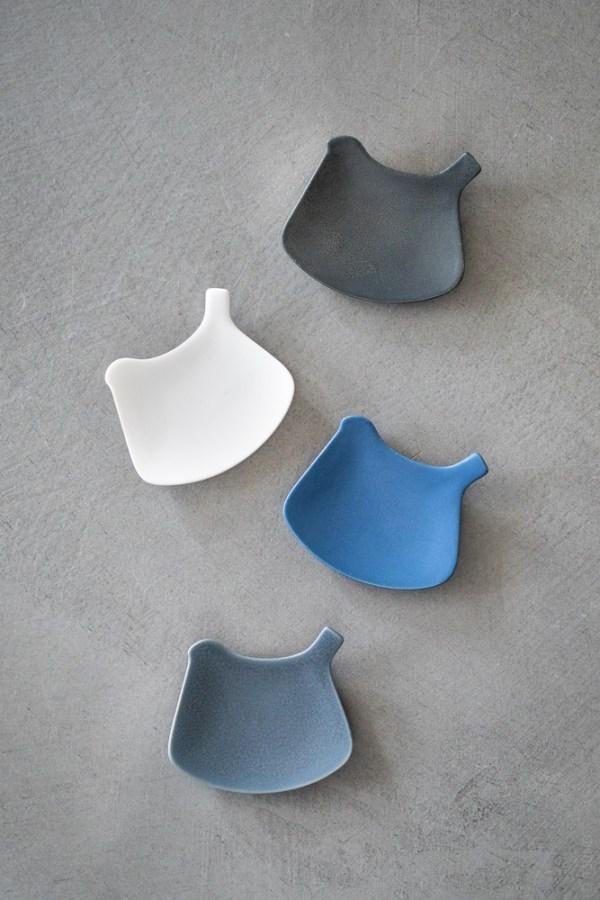 Yumiko Iihoshi Porcelain_tori plate_top