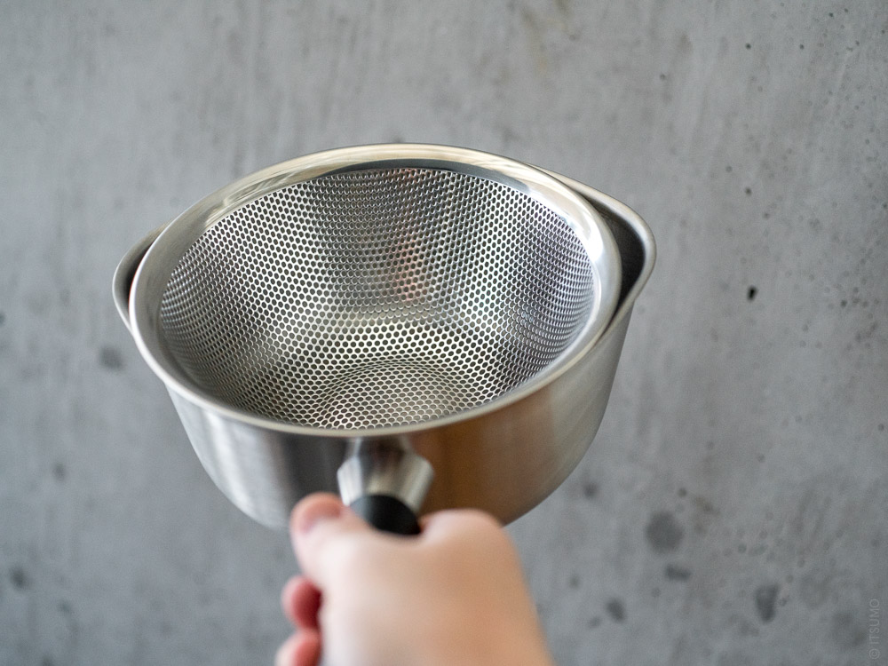 Sori Yanagi_Stainless One Hand Pot & Stainless Punching Strainer 19cm