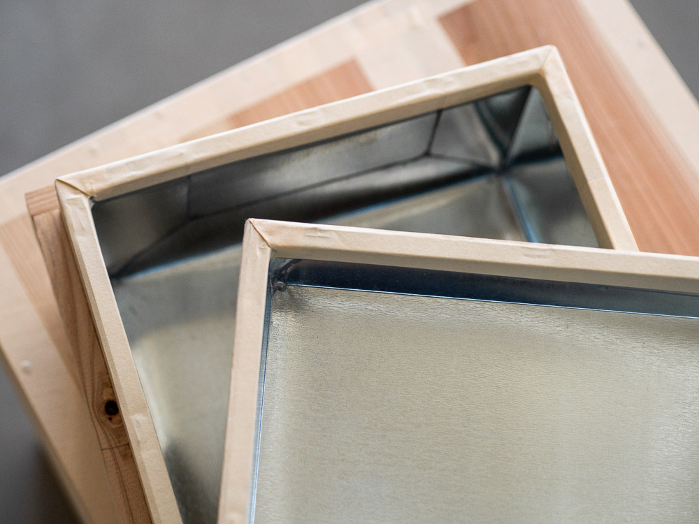 Azmaya_Cedar Tea Storage Box_inside detail