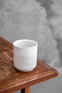 Azmaya_Iga Teacup_shino_white_top