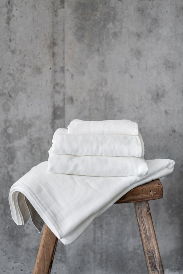 Uchino_Gauze & Pile Towel_white_top