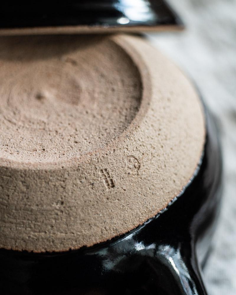 azmaya-iga yukihira pot-igaware ceramic donabe-kuroame black-5