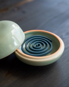 ceramic celadon incense coil burner-3