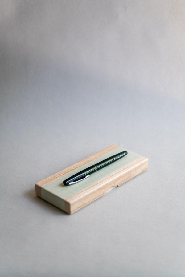 stationery craft design technology_brush pen_box set and refill. ink_black