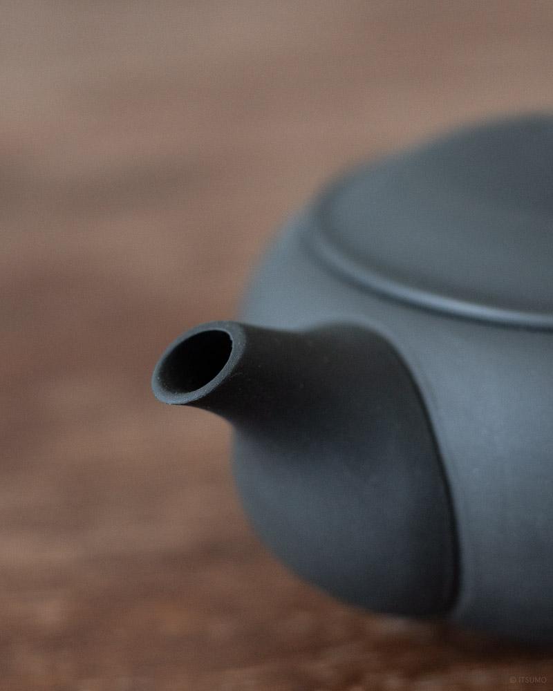azmaya-ovel teapot with back handle-1