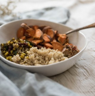 CURRIED ROOT VEGETABLE HARVEST BOWL