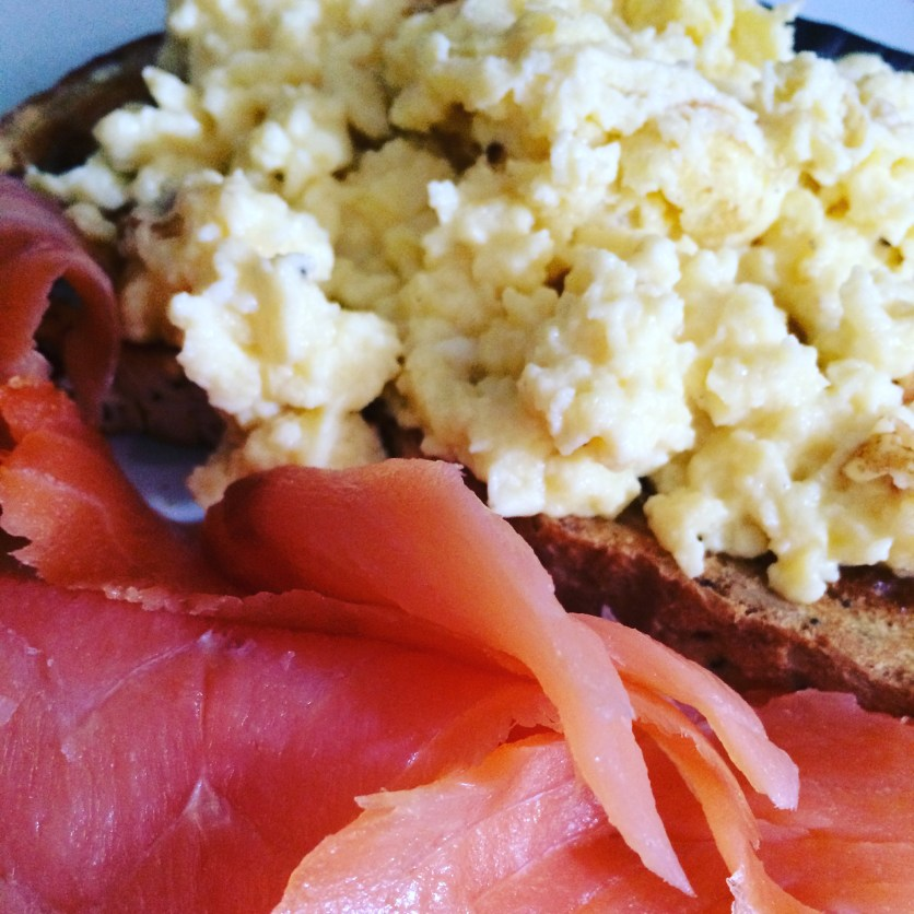 Scrambled eggs on toast with smoked Salmon